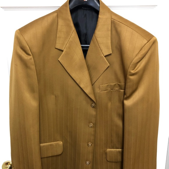 Other - Gold Polyester Gino Cappeli suit